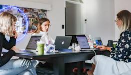 ¿Qué es una aceleradora de startups? ¿En qué se diferencia de una incubadora?